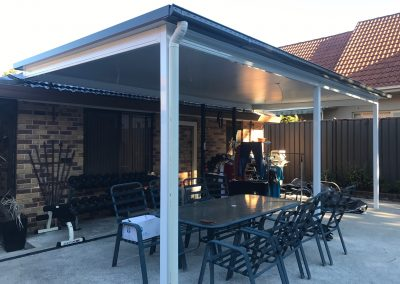 outdoor Insulated roof